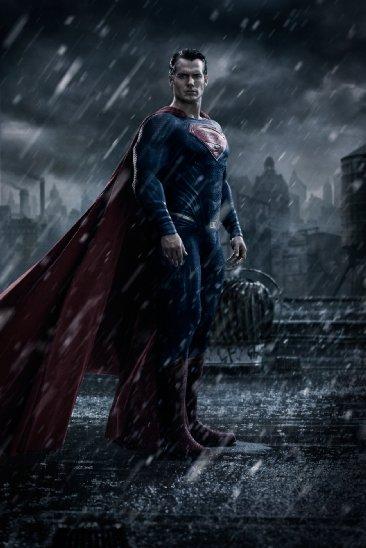 בטמן נגד סופרמן: שחר הצדק - הנרי קאוויל בתפקיד סופרמן